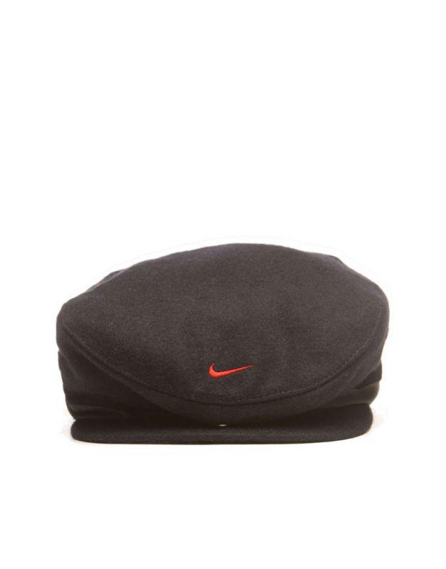 红色贝雷帽