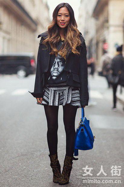 春季街头美腿多 看潮人黑丝穿搭秀美腿