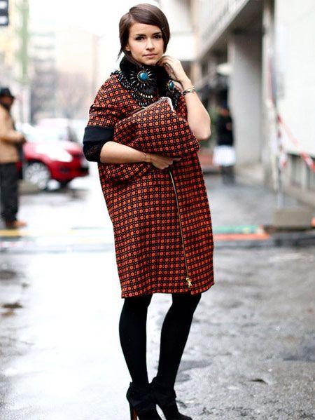格纹大衣横扫街头 潮人演绎保暖又有型